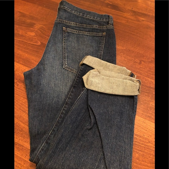 Brand New Size 8 Jeanology distressed jeans